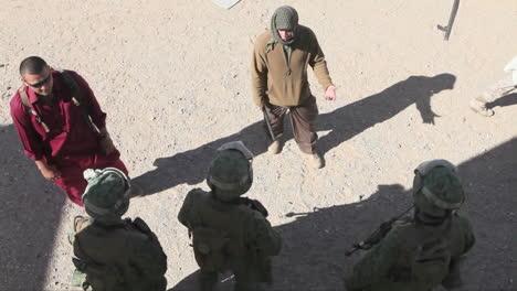 United-States-Troops-Practice-Various-Dangerous-Scenarios-In-A-Mock-Arab-Village-In-The-American-Desert-3