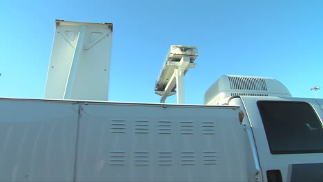Homeland-Security-Uses-Radiological-Scanning-To-Screen-Shipping-Containers-At-A-Port-Facility