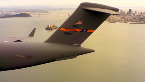 Aerials-Of-The-Us-Air-Force-Air-Mobility-Command-C17-In-Flight-Over-San-Francisco-Bay-1