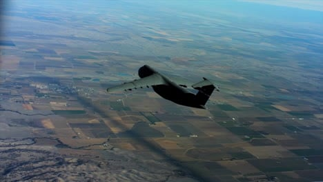 Aerials-Of-The-Us-Air-Force-Air-Mobility-Command-C5-In-Flight-2