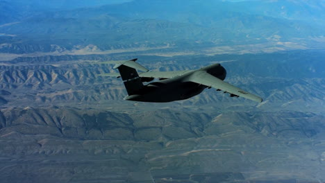 Aerials-Of-The-Us-Air-Force-Air-Mobility-Command-C5-In-Flight-6