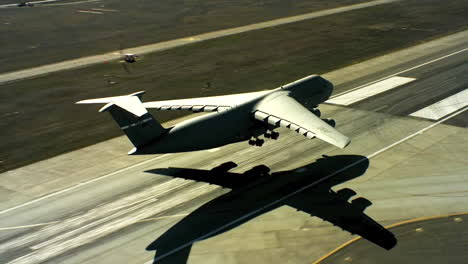 Aerials-Of-The-Us-Air-Force-Air-Mobility-Command-C5-Landing