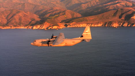 Aerials-Of-The-Us-Air-Force-Air-Mobility-Command-C130J-In-Flight-14