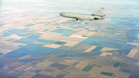 Aerials-Of-The-Us-Air-Force-Air-Mobility-Command-Kc10-In-Flight-2