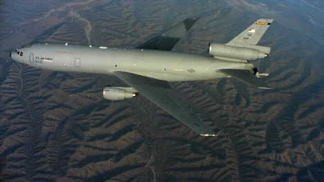 Aerials-Of-The-Us-Air-Force-Air-Mobility-Command-Kc10-In-Flight-5