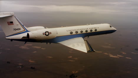Aerials-Of-The-Us-Air-Force-Air-Mobility-Command-C37-Executive-Us-Government-Jet-In-Flight-1