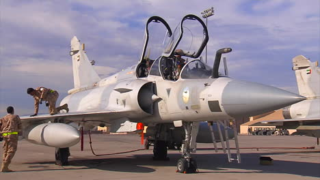 A-Crew-Works-On-A-Fighter-Jet-In-The-United-Arab-Emirates