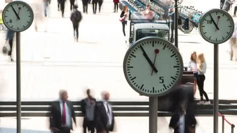 Docklands-Commuters-Timelapse-01