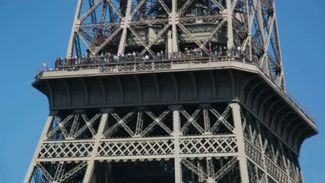 Eiffel-Tower-07