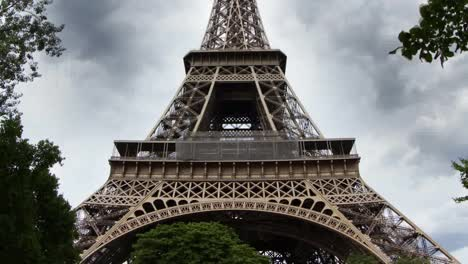 Eiffel-Tower-Version-06