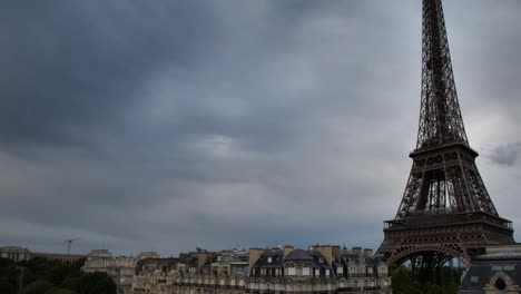 Torre-Eiffel-Versión-10