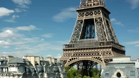 Eiffel-Tower-Video-05
