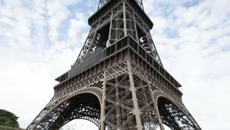 Eiffel-Tower-View-Up-00