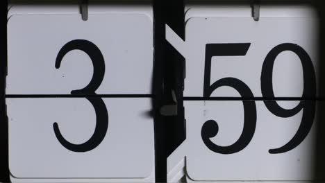Flip-Time-01