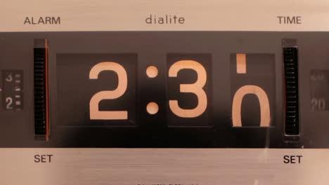 Flip-Time-06