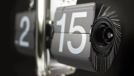 Flip-Time-42