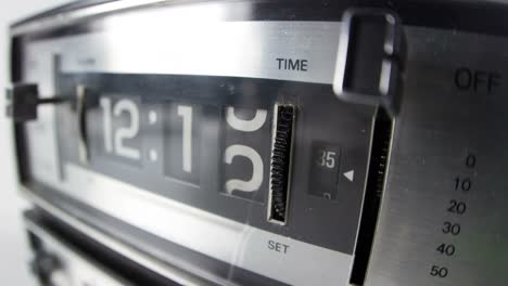 Flip-Time-60