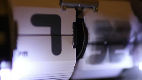Flip-Time-90