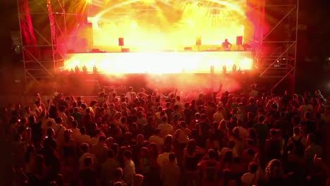 Summer-Festival-Scene-42