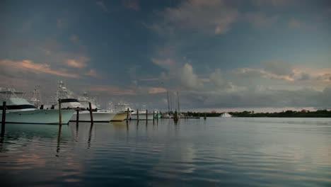 Isla-Mujeres-Boats-01