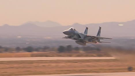 F16-Fighter-Jets-Taking-Off-From-Nellis-Air-Force-Base-In-Las-Vegas-1