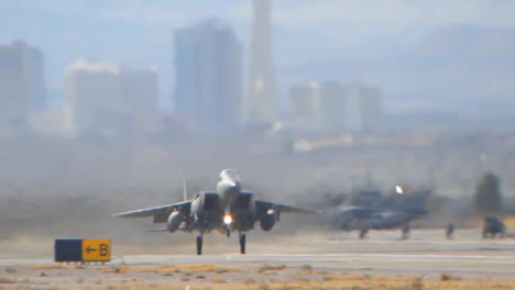 F16-Fighter-Jets-Taking-Off-From-Nellis-Air-Force-Base-In-Las-Vegas-2