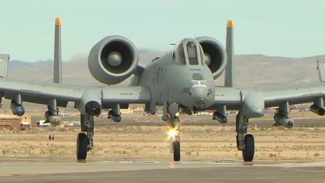 Air-Force-A10-Thunderbolt-In-Taxiing-On-Runway-1