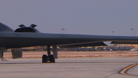 The-Air-Forcer-B2-Stealth-Bomber-On-The-Runway-1