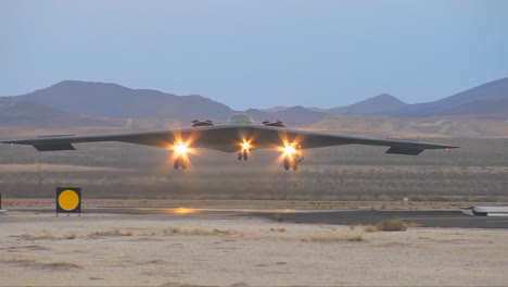 The-Air-Forcer-B2-Stealth-Bomber-Landing