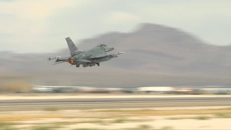 F16-Fighter-Jets-Taking-Off-From-Nellis-Air-Force-Base-In-Las-Vegas-3
