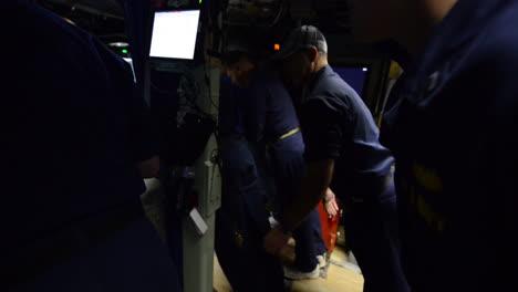 Actividades-A-Bordo-De-Un-Submarino-Nuclear-Estadounidense-3