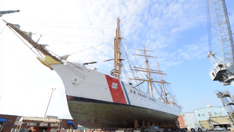 Time-Lapse-Of-A-Tall-Sailing-Ship-Being-Put-Into-Dry-Dock-1