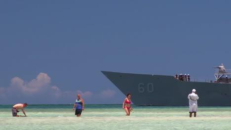 A-Colombian-Navy-Ship-At-Sail-2