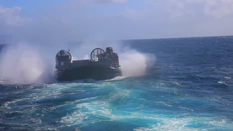 Marine-Forces-Use-Amphibious-Assault-Vehicles-2