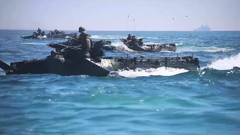 Amphibious-Assault-Vehicle-Tanks-Leave-A-Navy-Vessel-During-A-Wartime-Exercise-1