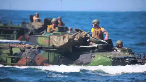 Amphibious-Assault-Vehicle-Tanks-Leave-A-Navy-Vessel-During-A-Wartime-Exercise-2