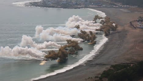 American-And-Korean-Marines-Conduct-A-Massive-Amphibious-Invasion-Exercise-Complete-With-Explosives-And-Beach-Landings-1