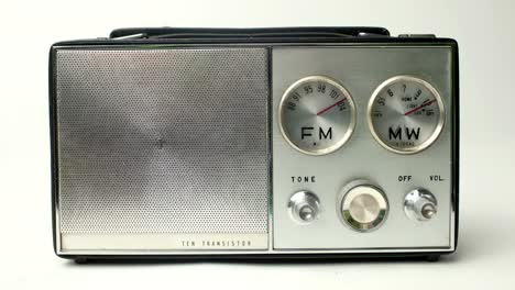 Little-Radio-10