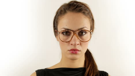 Woman-Glasses-000