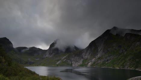 Lofoten-Lake-00