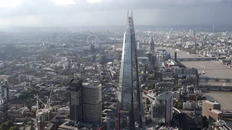 Volando-más-allá-del-fragmento-en-Londres