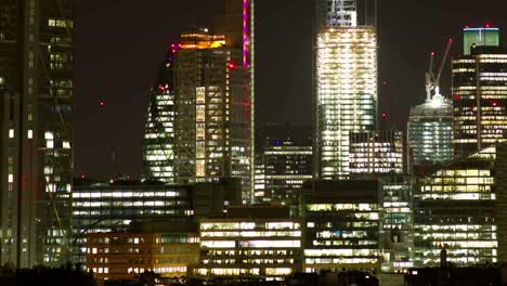 London-Night-Pan-0-01