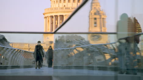 Millennium-Bridge-London-07