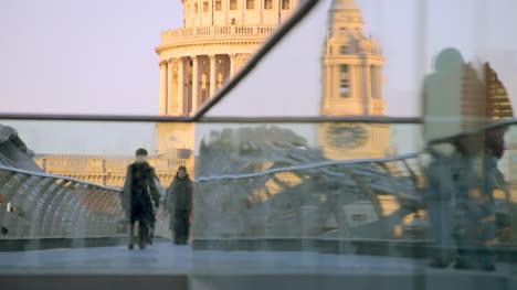 Millennium-Bridge-London-07