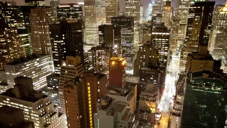 Manhattan-Closeup-Night-00