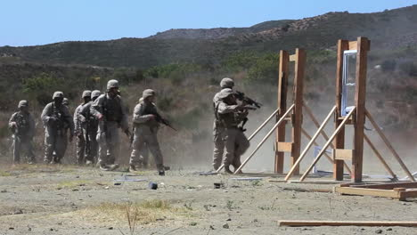 Us-Army-Troops-Are-Taught-To-Break-Down-Doors-As-Part-Of-A-Simulated-Raid-On-A-Building-1
