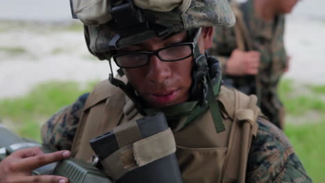 Marines-And-Army-Soldiers-Learn-To-Fire-Shoulder-Fired-Weapons-1