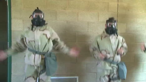 Us-Marines-Conduct-Poison-Gas-Experiments-Wearing-Gas-Masks-1