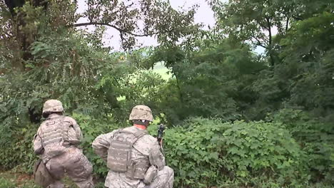 Us-Troops-Practice-For-A-Mass-Shooting-Incident-At-A-School-Or-College-Campus-9