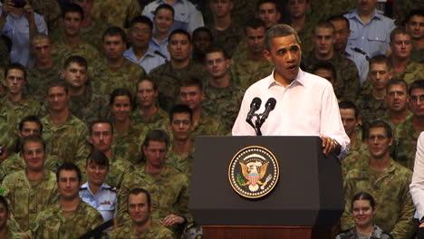 President-Barack-Obama-Meets-With-Australian-Prime-Minister-Julia-Gillard-In-Darwin-Australia-1